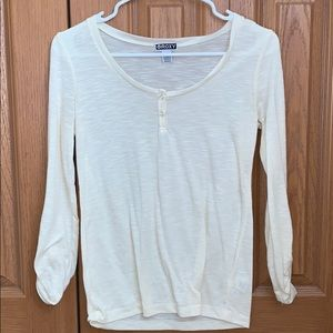 Cream top, 3/4 sleeves with buttons